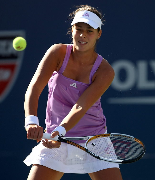Ana Ivanovic of Serbia hits a backhand return to Venus Williams of the US during their third round match on the seventh day of the 2007 US Open tennis tournament in Flushing Meadows, New York, USA, 02 September 2007.