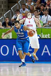 04.09.2013, Arena Bonifka, Koper, SLO, Eurobasket EM 2013, Russland vs Italien, im Bild Pietro Aradori #4 of Italy knock with elbow Sergey Karasev #4 of Russia // during Eurobasket EM 2013 match between Russia and Italy at Arena Bonifka in Koper, Slowenia on 2013/09/04. EXPA Pictures © 2013, PhotoCredit: EXPA/ Sportida/ Matic Klansek Velej<br /> <br /> ***** ATTENTION - OUT OF SLO *****