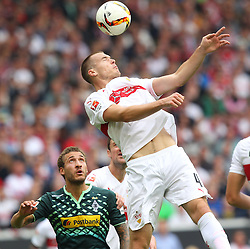 26.09.2015, Mercedes Benz Arena, Stuttgart, GER, 1. FBL, VfB Stuttgart vs Borussia Moenchengladbach, 7. Runde, im Bild Toni Sunjic ( VfB Stuttgart ) klaert den Ball per Kopf // during the German Bundesliga 7th round match between VfB Stuttgart and Borussia Moenchengladbach at the Mercedes Benz Arena in Stuttgart, Germany on 2015/09/26. EXPA Pictures © 2015, PhotoCredit: EXPA/ Eibner-Pressefoto/ Langer<br /> <br /> *****ATTENTION - OUT of GER*****