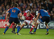 Milton Keynes, Great Britain,  Jamie CUDMORE, looking for the gap between, left Pascal PAPE and Yoann MAESTRI.  during the Pool D Game, France vs Canada.  2015 Rugby World Cup, Venue, StadiumMK, Milton Keynes, ENGLAND.  Thursday  01/10/2015<br /> Mandatory Credit; Peter Spurrier/Intersport-images]