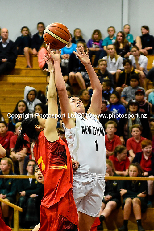 Charlisse Leger-Walker of the Junior Tall Ferns lays up from Shauangyan Tan of China during the Internation Basketball match, Game 1, Junior Tall Ferns V China, Cowles Stadium, Christchurch, New Zealand. 7th Sept 2016. Copyright Photo: John Davidson / www.photosport.nz