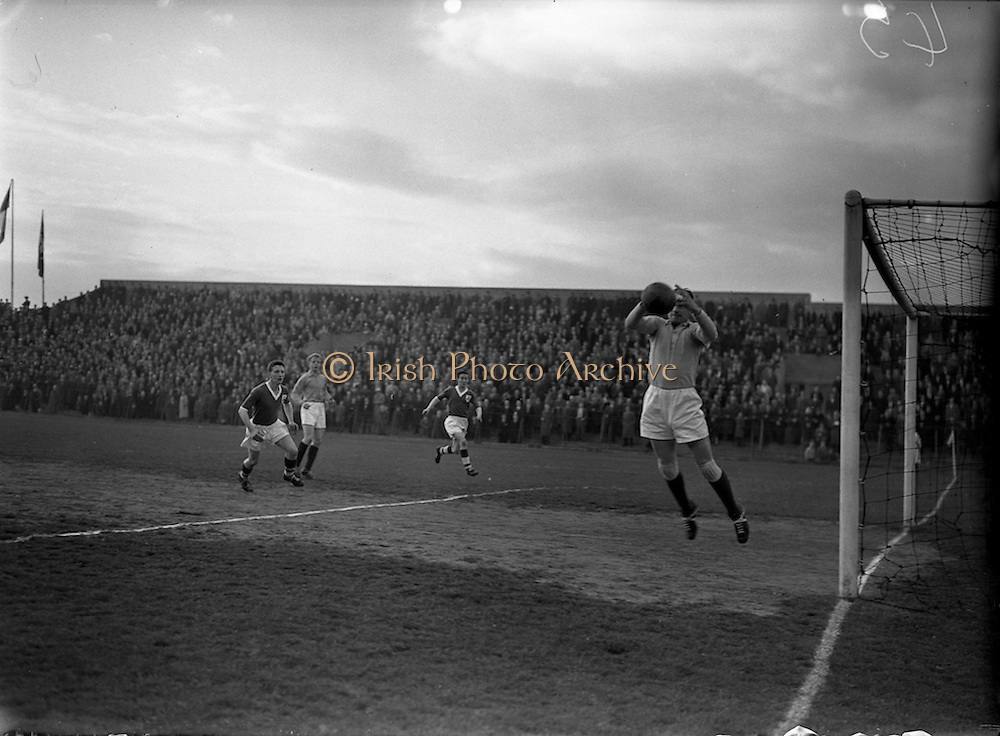 30/4/1958<br />