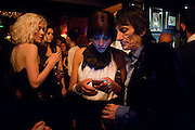PORTIA FREEMAN; ANA ARAUJO; RONNIE WOOD,  DSquared2 Launch of their Classic collection. Tramp. Jermyn St. London. 29 June 2011. <br /> <br />  , -DO NOT ARCHIVE-&copy; Copyright Photograph by Dafydd Jones. 248 Clapham Rd. London SW9 0PZ. Tel 0207 820 0771. www.dafjones.com.