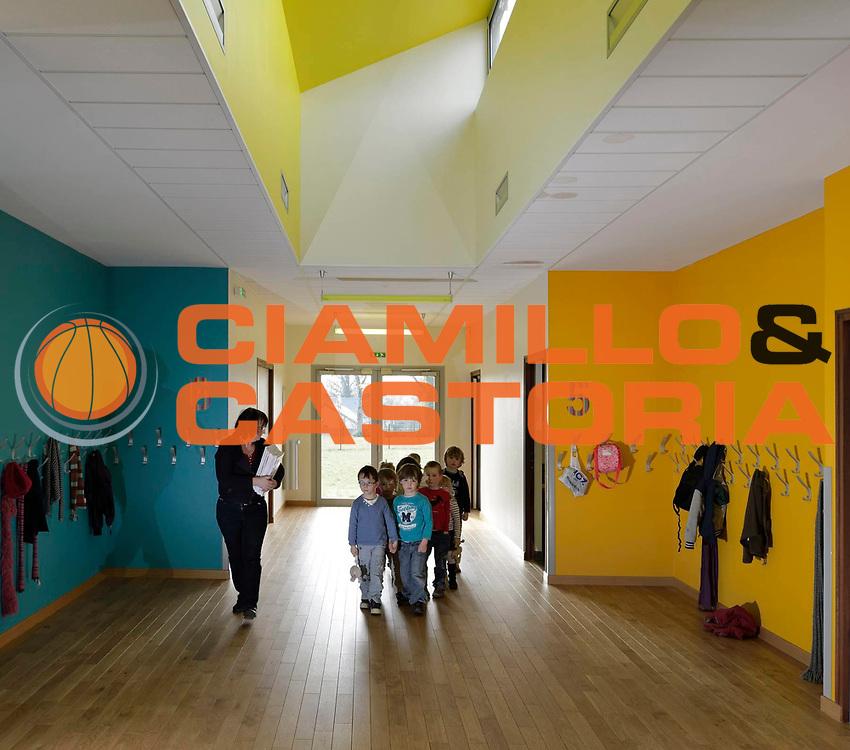 DESCRIZIONE : Groupe Scolaire Grand Fougeray<br /> GIOCATORE : <br /> SQUADRA : Architecte Agence Rennier<br /> EVENTO : Architecture<br /> GARA : <br /> DATA : 28/03/2013<br /> CATEGORIA : Interieur Couloir<br /> SPORT : <br /> AUTORE : JF Molliere<br /> Galleria : France Architecture 2013 <br /> Fotonotizia : Groupe Scolaire Grand Fougeray<br /> Predefinita :