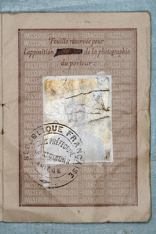 French passport document with silverized portrait ID photo 1928