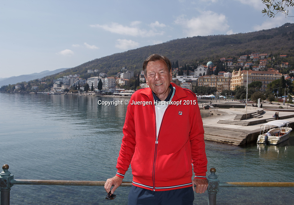 Tennis Trainer Legende Niki Pilic in Opatija, Kroatien<br /> <br /> travel - Niki Pilic in Opatija, Kroatien - - Opatija -  - Croatia  - 10 April 2015. <br /> &copy; Juergen Hasenkopf