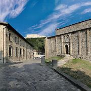 La pieve di Santa Maria Assunta si trova a San Leo, in provincia di Rimini. È il più antico edificio di culto della città e del Montefeltro