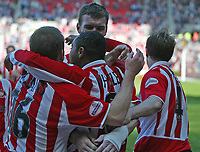 Photo. Andrew Unwin, Digitalsport<br /> NORWAY ONLY<br /> <br /> Sunderland v Crewe Alexandra, Nationwide League Division One, Stadium of Light, Sunderland 01/05/2004.<br /> Sunderland's Jeff Whitley (c) is mobbed by his team-mates after scoring his team's first goal.