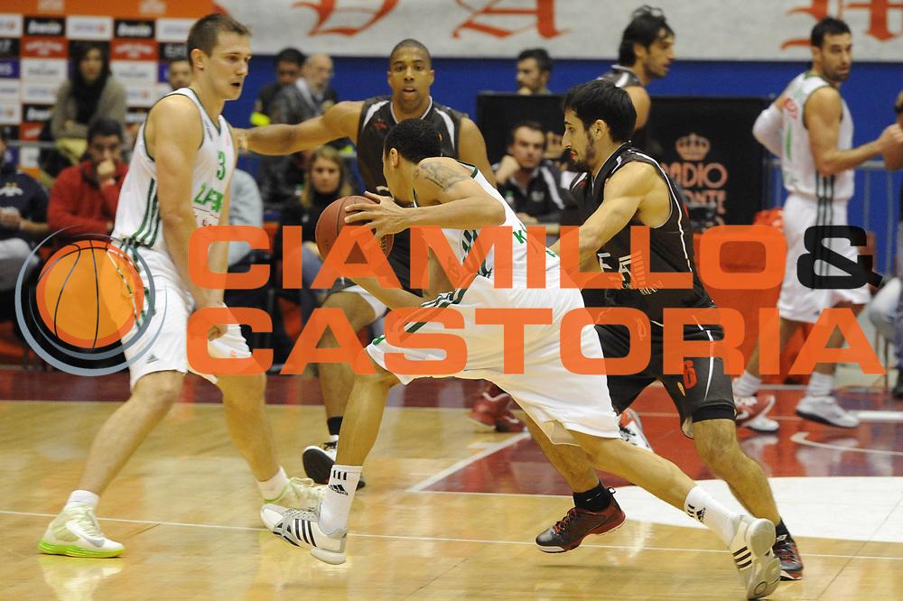 DESCRIZIONE : Milano Eurolega Eurolegue 2012-13 EA7 Emporio Armani Milano Zalgiris Kaunas<br /> GIOCATORE : Jankunas Paulius<br /> SQUADRA : Zalgiris Kaunas<br /> CATEGORIA : controcampo blocco<br /> EVENTO : Eurolega 2012-2013<br /> GARA :  EA7 Emporio Armani Milano Zalgiris Kaunas<br /> DATA : 07/12/2012<br /> SPORT : Pallacanestro<br /> AUTORE : Agenzia Ciamillo-Castoria/ GiulioCiamillo<br /> Galleria : Eurolega 2012-2013<br /> Fotonotizia : Milano Eurolega Eurolegue 2012-13  EA7 Emporio Armani Milano Zalgiris Kaunas<br /> Predefinita :
