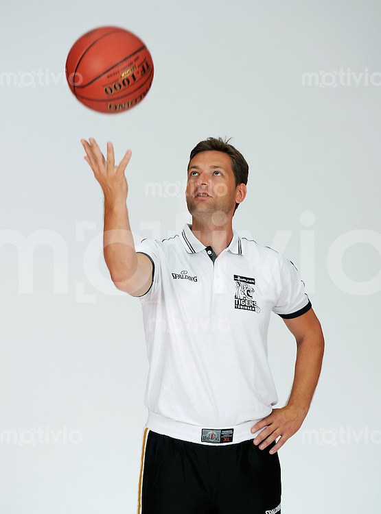 1. Basketball Bundesliga 2011/2012  21.08.2010 Walter Tigers Tuebingen   Trainer Igor Perovic (Tigers)