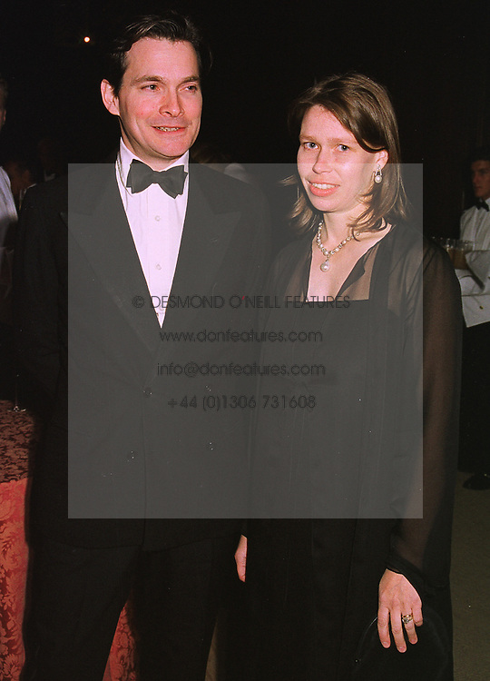 MR DANIEL & LADY SARAH CHATTO, at a banquet in Surrey on 12th November 1998.MLX 41A