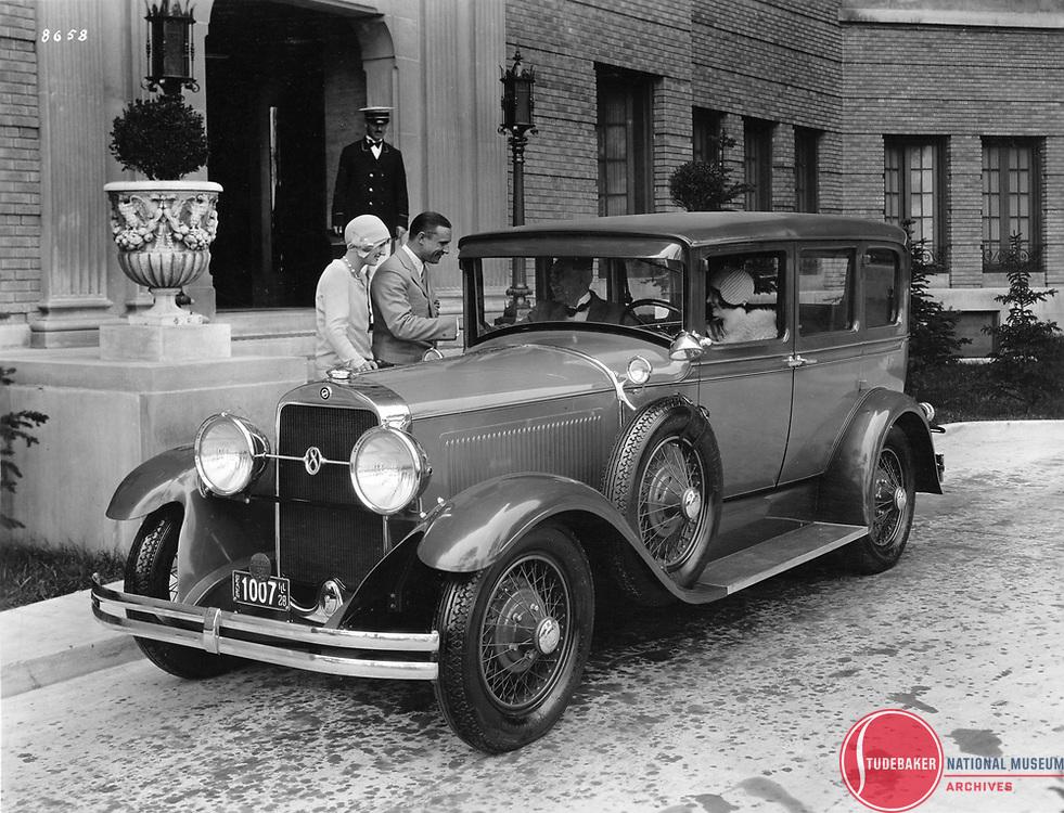 1929 Studebaker President Five-Passenger Sedan