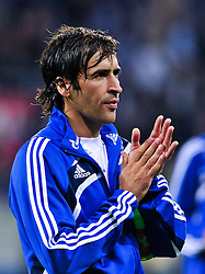 10.09.2010, Rhein-Neckar-Arena, Sinsheim, GER, 1. FBL, TSG Hoffenheim vs Schalke 04, im Bild Raul (Schalke #7), Hochformat / Upright Format, EXPA Pictures © 2010, PhotoCredit: EXPA/ nph/  Roth+++++ ATTENTION - OUT OF GER +++++