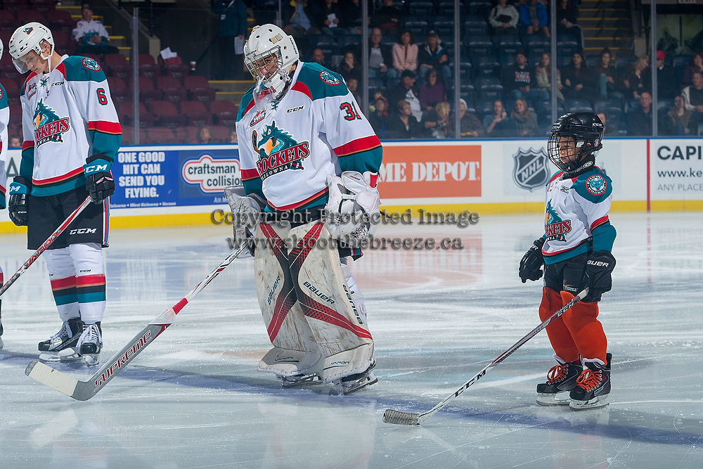 KELOWNA, CANADA - SEPTEMBER 29: The Pepsi Player of the game lines up alongside Brodan Salmond #31 of the Kelowna Rockets against the Everett Silvertips on September 29, 2017 at Prospera Place in Kelowna, British Columbia, Canada.  (Photo by Marissa Baecker/Shoot the Breeze)  *** Local Caption ***