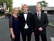 21-08-2017 VOETBAL: GALA VOETBALLER VAN HET JAAR: HILVERSUM<br /> Kasper Dolberg met ouders copyright robin utrecht