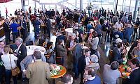 UTRECHT - Pauze tijdens Hockeycongres bij de Rabobank in Utrecht. FOTO KOEN SUYK