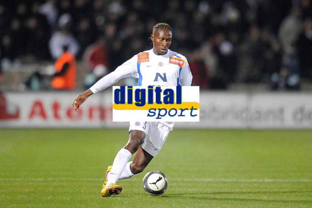 FOOTBALL - FRENCH CHAMPIONSHIP 2009/2010 - L1 - GIRONDINS BORDEAUX v MONTPELLIER HSC - 07/03/2010 - PHOTO JEAN MARIE HERVIO / DPPI - MAPOU YANGA MBIWA (MON)