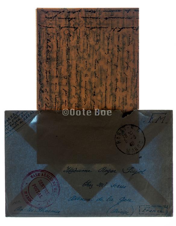 envellope with handwritten letter