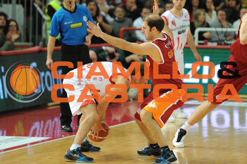 DESCRIZIONE : Teramo Lega A 2009-10 Bancatercas Teramo Lottomatica Virtus Roma<br />GIOCATORE : Jacopo Giachetti<br />SQUADRA : Lottomatica Virtus Roma<br />EVENTO : Campionato Lega A 2009-2010 <br />GARA : Bancatercas Teramo Lottomatica Virtus Roma<br />DATA : 11/04/2010<br />CATEGORIA : Difesa<br />SPORT : Pallacanestro <br />AUTORE : Agenzia Ciamillo-Castoria/GiulioCiamillo<br />Galleria : Lega Basket A 2009-2010 <br />Fotonotizia : Teramo Lega A 2009-10 Bancatercas Teramo Lottomatica Virtus Roma<br />Predefinita :