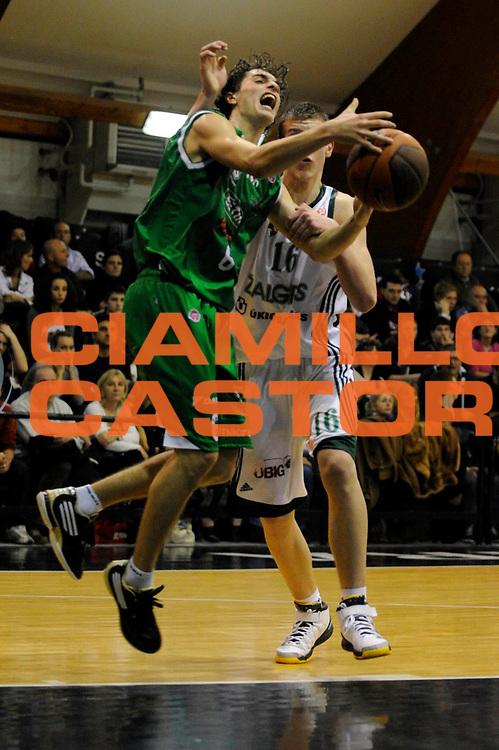DESCRIZIONE : Roma Junior Tournament Eurolega 2009-10 Finale Final Zalgiris Kaunas Benetton Treviso<br /> GIOCATORE : Alessandro Zanelli<br /> SQUADRA : Benetton Treviso<br /> EVENTO : Eurolega 2009-2010 Junior Tournament<br /> GARA : Zalgiris Kaunas Benetton Treviso<br /> DATA : 29/12/2009<br /> CATEGORIA :<br /> SPORT : Pallacanestro<br /> AUTORE : Agenzia Ciamillo-Castoria/M.Rosi<br /> Galleria : Eurolega 2009-2010<br /> Fotonotizia : Roma Junior Toutnament Eurolega 2009-10 Fianle Final Zalgiris Kaunas Benetton Treviso<br /> Predefinita :