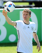 Thomas Mueller pictured during Germany training at Stadio Communale, Ascona, Switzerland.<br /> Picture by EXPA Pictures/Focus Images Ltd 07814482222<br /> 25/05/2016<br /> ***UK &amp; IRELAND ONLY***<br /> EXPA-EIB-160525-0004.JPG