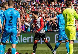 14-05-2017 NED: Kampioenswedstrijd Feyenoord - Heracles Almelo, Rotterdam<br /> In een uitverkochte Kuip pakt Feyenoord met een 3-0 overwinning het landskampioenschap / Bilal Basacıkoglu #14