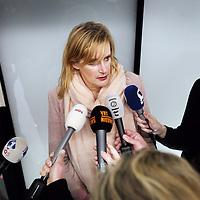 Nederland, Schiphol , 4 februari 2014.<br /> Nederlandse journaliste (o.a. werkzaam voor het Parool, BNR en het NOS) Rena Netjes bij aankomst op vliegveld Schiphol.<br /> <br /> Netjes werd in Egypte aangeklaagd wegens banden met terroristische organisaties.<br /> Journalist Rena Netjes was in Egypt accused of ties to terrorist organizations. She gave a press conference at Schiphol Airport