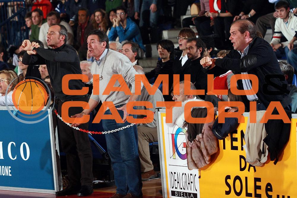 DESCRIZIONE : Biella Lega A1 2007-08 Angelico Biella Legea Scafati<br /> GIOCATORE : Alberto Savio Tifosi<br /> SQUADRA : Angelico Biella<br /> EVENTO : Campionato Lega A1 2007-2008<br /> GARA : Angelico Biella Legea Scafati<br /> DATA : 25/11/2007<br /> CATEGORIA : Tifosi<br /> SPORT : Pallacanestro<br /> AUTORE : Agenzia Ciamillo-Castoria/S.Ceretti
