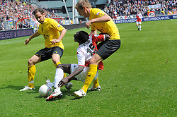 16-05-2010 VOETBAL: FC UTRECHT - RODA JC: UTRECHT<br /> FC Utrecht verslaat Roda in de finale van de Play-offs met 4-1 en gaat Europa in / Nana Asare en Bodor<br /> ©2010-WWW.FOTOHOOGENDOORN.NL