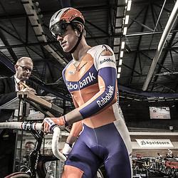 Theo Bos voor de puntenkoers op het NK Baan 2012