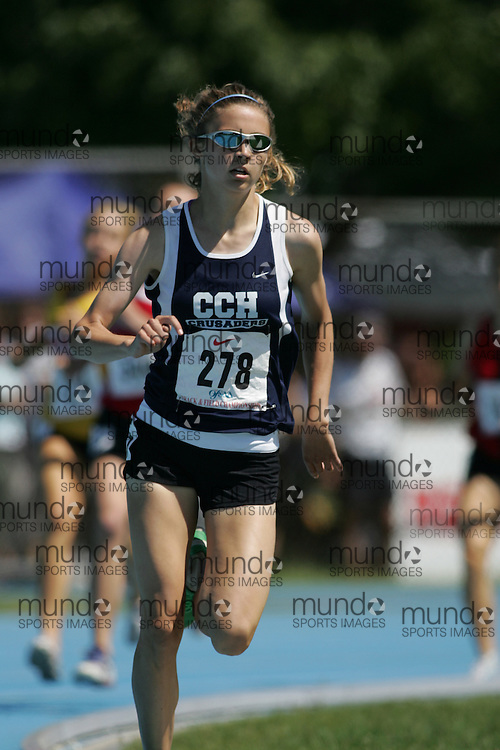 Jessica Parry winning the senior girls 800m at the 2007 OFSAA Ontario High School Track and Field Championships in Ottawa.