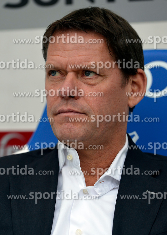 11.04.2012, Wirsol Rhein-Neckar-Arena, Sinsheim, GER, 1. FBL, TSG 1899 Hoffenheim vs Hamburger SV, 30. Spieltag, im Bild Sportdirektor Frank ARNESEN HSV Portrait Portrvßt // during the German Bundesliga Match, 30th Round between TSG 1899 Hoffenheim and Hamburger SV at the Wirsol Rhein Neckar Arena, Sinsheim, Germany on 2012/04/11. EXPA Pictures © 2012, PhotoCredit: EXPA/ Eibner/ Weber..***** ATTENTION - OUT OF GER *****