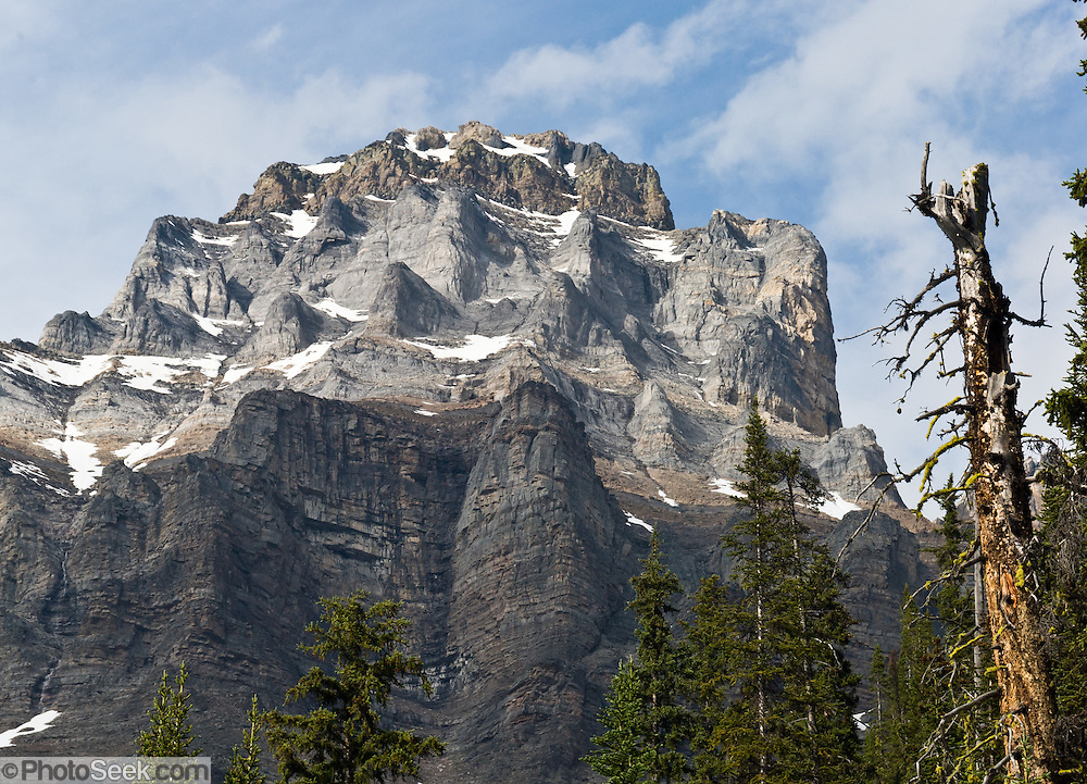 Mount Huber (3368 meters), at Lake O'Hara, Yoho National Park, British Columbia, Canada. This is part of the Canadian Rocky Mountain Parks World Heritage Site declared by UNESCO in 1984.