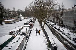© Licensed to London News Pictures. 01/03/2018. London, UK. Winter scenes in Little Venice, North London as the capital continues to be hit by extreme winter conditions. Large parts of the UK are experiencing disruption as freezing temperatures continue. Photo credit: Ben Cawthra/LNP