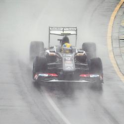 F1 Australian Grand Prix 16 March 2013 Qualifying Session 1.Qualifying Session 1. Esteban Gutierrez Sauber fly through a wet Albert Park circuit during qualifying..(c) MILOS LEKOVIC | StockPix.eu