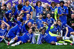 Eden Hazard and Michy Batshuayi hold the trophy as Chelsea celebrate winning the 2016/17 Premier League - Rogan Thomson/JMP - 21/05/2017 - FOOTBALL - Stamford Bridge - London, England - Chelsea v Sunderland - Premier League..