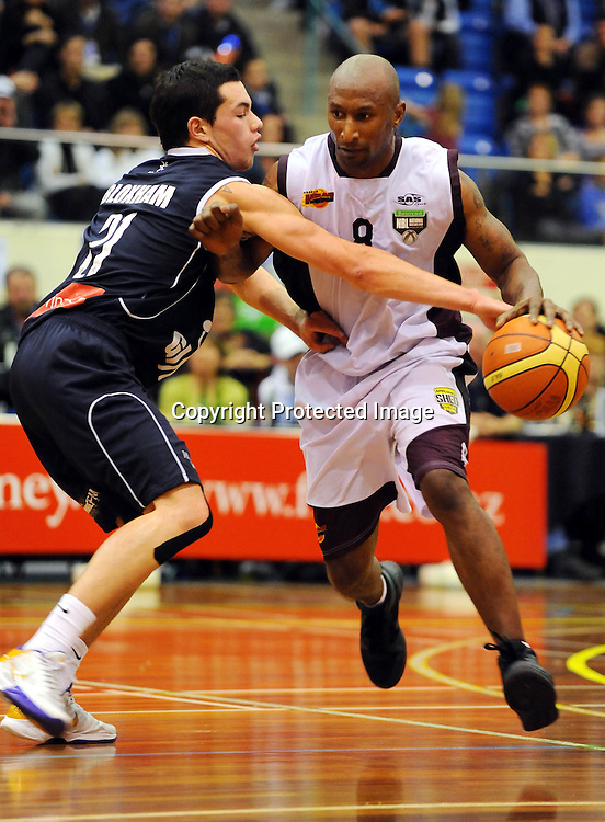 Harbour Heat`s Kavossy Franklin. NBL - Nelson Giants v Harbour Heat at the Trafalgar centre, Nelson on Friday 11 June 2010. Photo: Chris Symes/PHOTOSPORT
