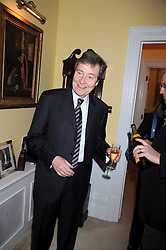 HUGH WILLIAMS at a birthday party for Lady Meyer hosted by Richard & Basia Briggs at their home 25 Sloane Gardens, London SW1 on 28th January 2009.