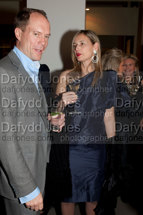 HARRY BLAIN; CANDIDA GERTLER, Outset dinner 2011.  Organised by Yana Peel supported by Swarovskito raise funds for the V+A to starts its contemporary design collection. V & A. London. 23 March 2011. -DO NOT ARCHIVE-© Copyright Photograph by Dafydd Jones. 248 Clapham Rd. London SW9 0PZ. Tel 0207 820 0771. www.dafjones.com.