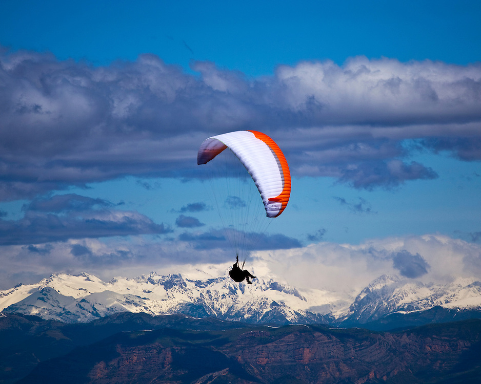 Paragliding at Ager, Spain, with the Pyrenees on the  background.