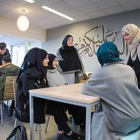 Nederland, Rotterdam, 27 januari 2017.<br />De enige islamitische middelb school in Nederland  het Avicenna College.<br />VOORKEURFOTO!<br /><br /><br /><br />Foto: Jean-Pierre Jans