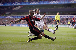 09.03.2011, White Hart Lane, London, ENG, UEFA CL, Tottenham Hfc vs AC Milan, im Bild AC Milan's Alexander Merkel and  Steven Pienaar   during Tottenham Hfc vs AC Milan for the last 16 round of the UCL at White Hart Lane   in London on 09/03/2011. EXPA Pictures © 2011, PhotoCredit: EXPA/ IPS/ Marcello Pozzetti +++++ ATTENTION - OUT OF ENGLAND/UK and FRANCE/FR +++++