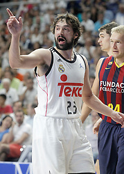 21.06.2015, Palacio de los Deportes, Madrid, ESP, Liga Endesa, Real Madrid vs Barcelona, Finale, 2. Spiel, im Bild Real Madrid's Sergio Llull // during the second match of Liga Endesa final's between Real Madrid vs Barcelona at the Palacio de los Deportes in Madrid, Spain on 2015/06/21. EXPA Pictures © 2015, PhotoCredit: EXPA/ Alterphotos/ Acero<br /> <br /> *****ATTENTION - OUT of ESP, SUI*****
