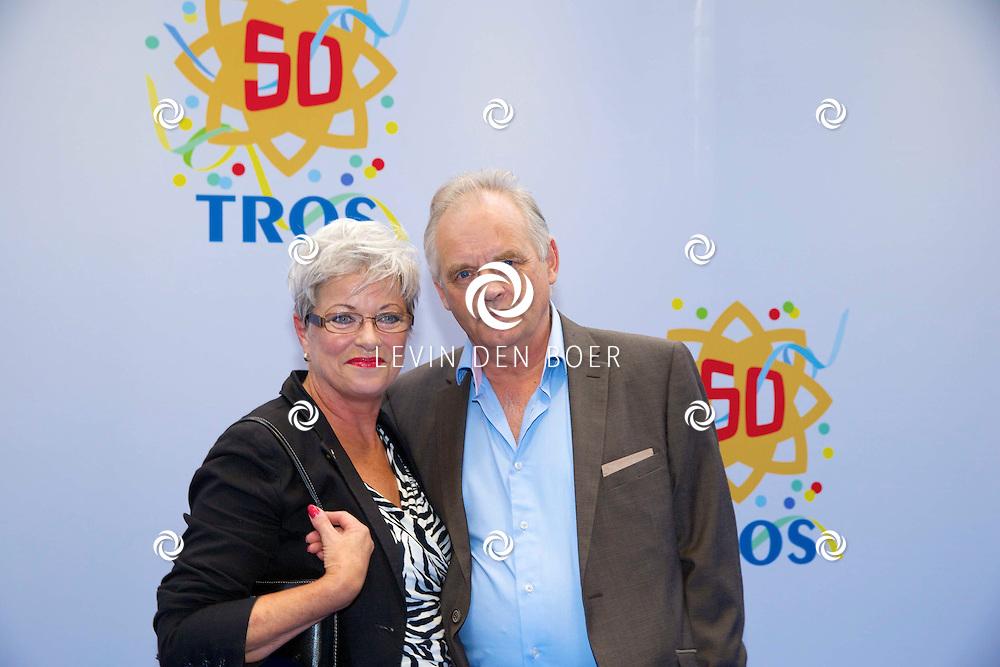 AMSTERDAM - 50 Jaar Tros is gevierd in theater Carré met heel veel bekende Nederlanders uit de Tros wereld. Met hier op de foto