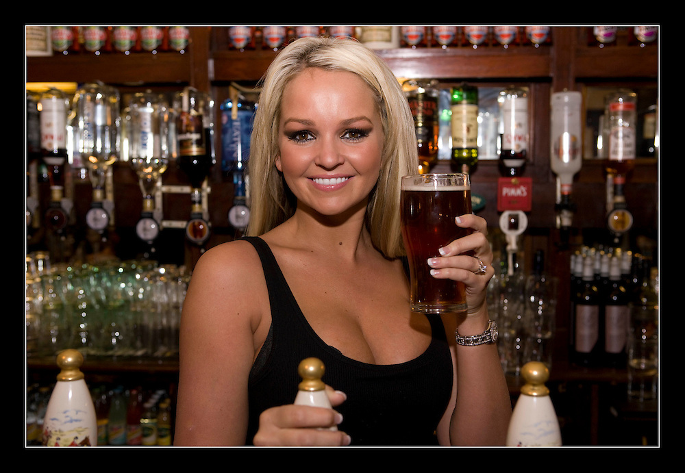 Save The Pub - photocall.Jennifer Ellison,.Glamour model and actress poses for cameras to launch Beer & Pubs Association's campaign against recent increases in the price of a pint.. © Antony Jones..