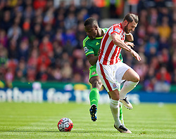 STOKE-ON-TRENT, ENGLAND - Saturday, April 30, 2016: Sunderland's Lamine Koné in action against Stoke City's Erik Pieters during the FA Premier League match at the Britannia Stadium. (Pic by David Rawcliffe/Propaganda)