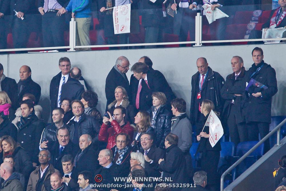 NLD/Amsterdam/20101123 - Ajax - Real Madrid, bestuur van Ajax op de tribune, Rik van der Boog en Uri Coronel
