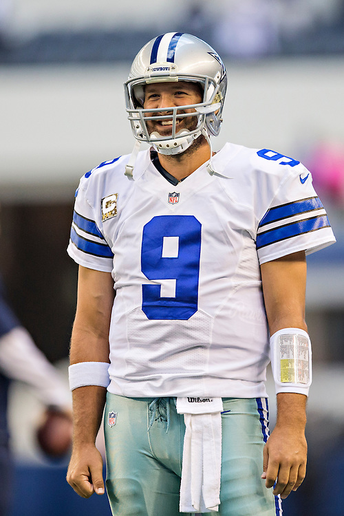 ARLINGTON, TX - NOVEMBER 3:  Tony Romo #9 of the Dallas Cowboys warming up before a game against the Minnesota Vikings at AT&T Stadium on November 3, 2013 in Arlington, Texas.  The Cowboys defeated the Vikings 27-23.  (Photo by Wesley Hitt/Getty Images) *** Local Caption *** Tony Romo