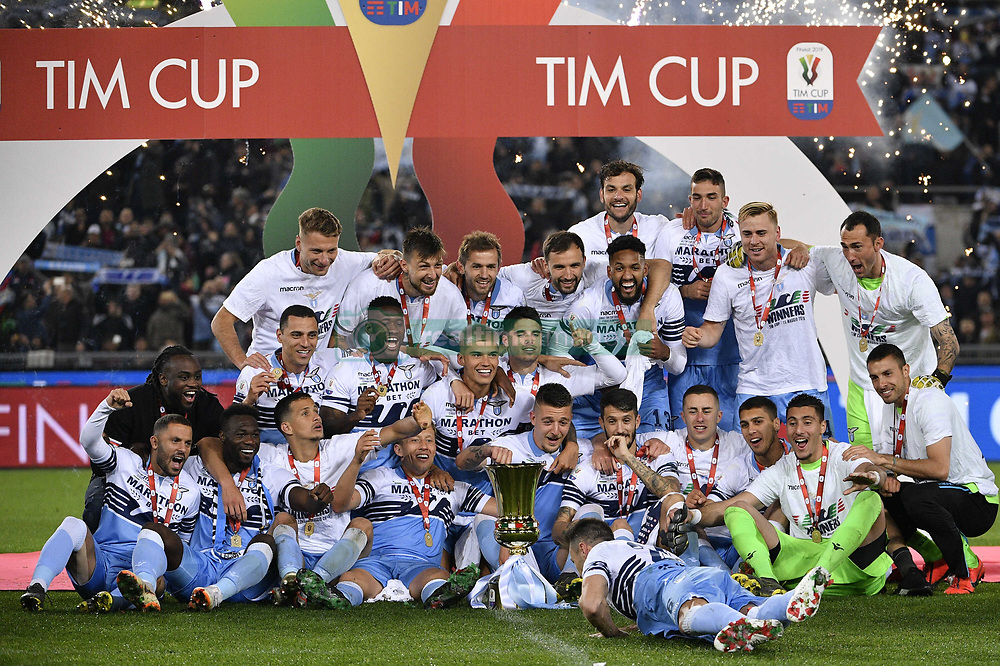 May 15, 2019 - Roma, Italia - Foto Fabrizio Corradetti - LaPresse.15 maggio 2019 Roma ( Italia).Sport Calcio.Atalanta - Lazio.Finale Tim Cup 2018 2019 - Stadio Olimpico di Roma.Nella foto: la Lazio vince la Coppa Italia 2018/2019..Photo Fabrizio Corradetti - LaPresse.May 15st 2019 Roma (Italy).Sport Soccer.Atalanta - Lazio.Italian Football Tim Cup 2018 2019 - Olimpico Stadium of Roma.In the pic: Lazio wins the Italian Cup 2018/2019 (Credit Image: © Fabrizio Corradetti/Lapresse via ZUMA Press)