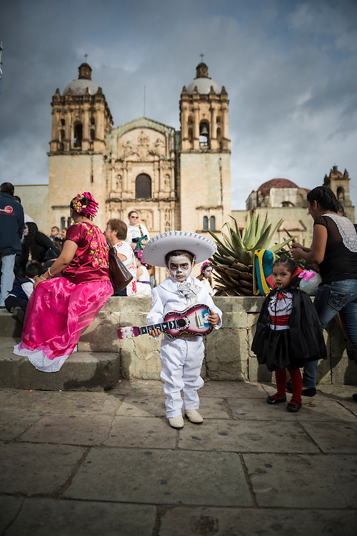 For several weeks in 2014 I traveled through southern Mexico, including to Oaxaca, where this picture was taken as people geared up for Dia de los Muertos (Day of the Dead). <br />
